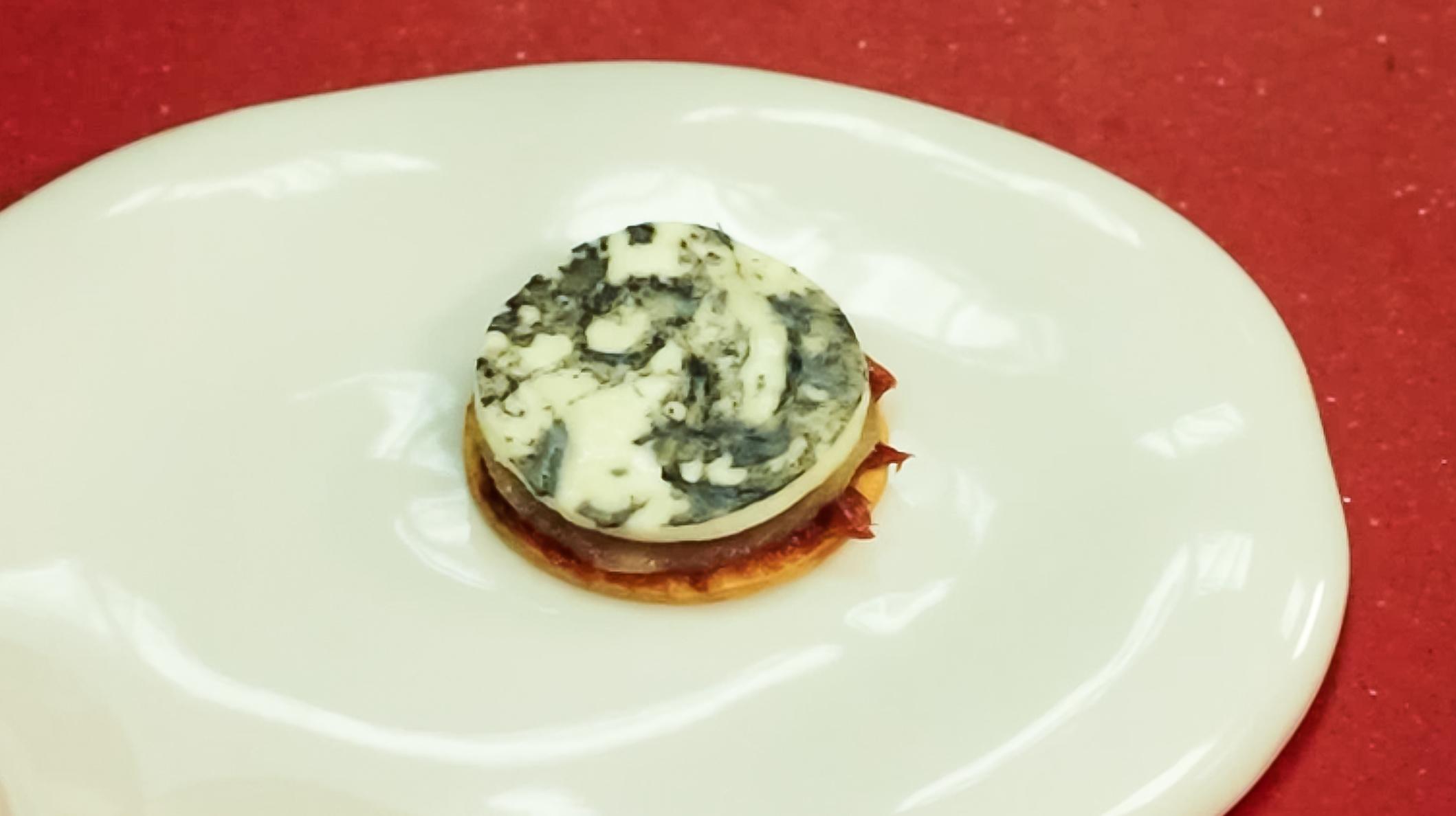 coca de queso torrejon con ceniza